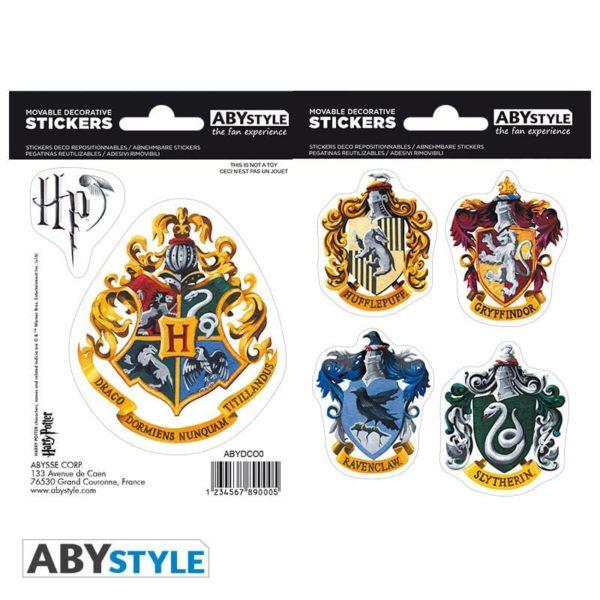 Coffret Harry Potter : Harry enfant (mug, porte-clés, stickers)