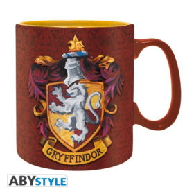 Coffret Harry Potter : Griffondor (mug, porte-clés, badges)