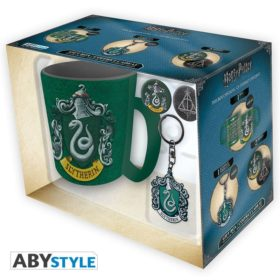 Coffret Harry Potter : Serpentard (mug, porte-clés, badges)